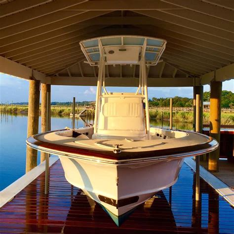 hurricane boats lifts no profile boat lifts best boat lifts pwc lifts in the