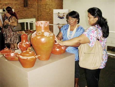 ladario in ceramica p 233 rola news arte sul mato grossense est 225 exposta na
