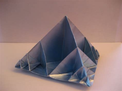 Origami Fractals - origami fractal pyramid by arcticwaterfox on deviantart