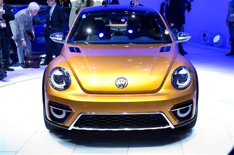 volkswagen beetle concept volkswagen beetle dune concept first look motor trend