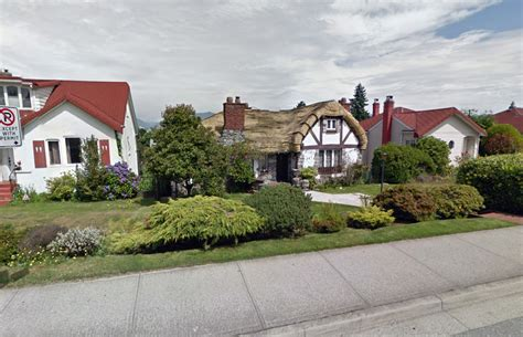 speisekammer hobbit vancouver s hobbit house on market for 2 86 million