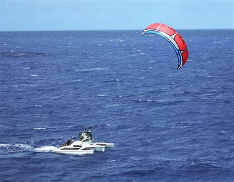 small boat kite fishing kiteboating in hawaii altenergymag