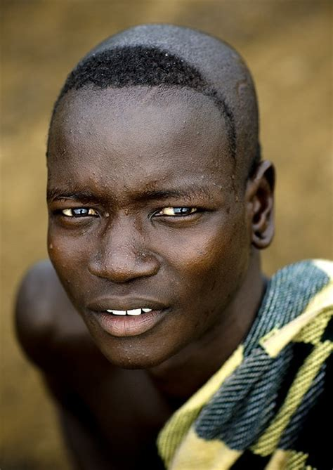 ethiopian mens hair style 17 best images about bodi tribe ethiopia on pinterest