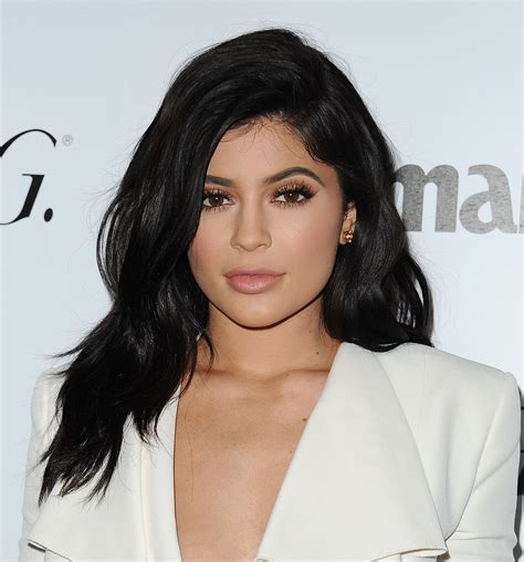 how to do kylies hair kylie jenner just chopped her hair off allure