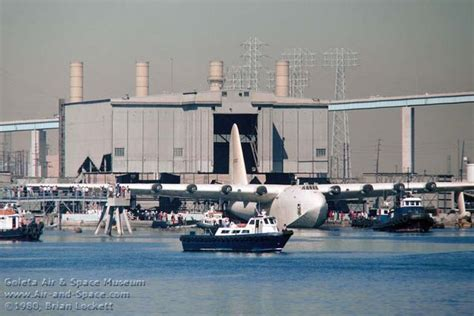 flying boat hughes aircraft oct 29th 1980 the h 4 hercules spruce goose leaving its
