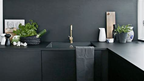 How to make a black kitchen work