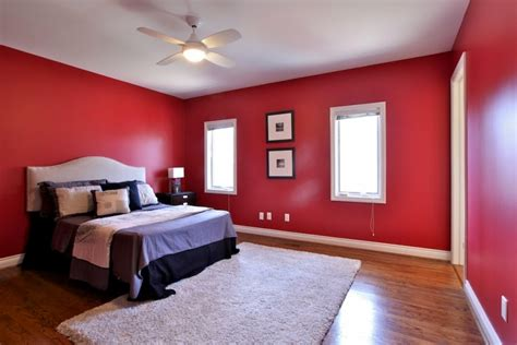 Lu Tidur Kayu kombinasi warna cat kamar tidur utama yang indah
