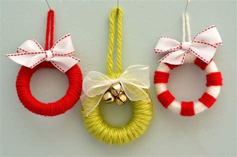 Make It Ornaments - make it mini wreath ornaments 187 curbly diy design decor