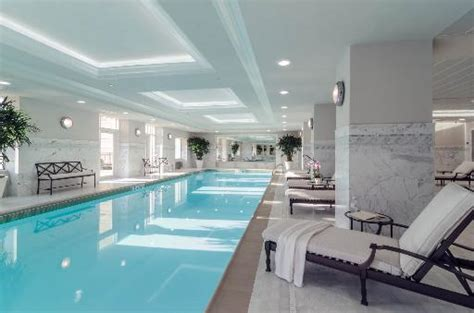 lincoln park swimming pool lincoln park 2550 condos of chicago il 2550 n lakeview ave