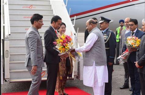 joko widodo in joko widodo meets sultan of yogyakarta zimbio delhi pm modi to meet president of indonesia joko widodo