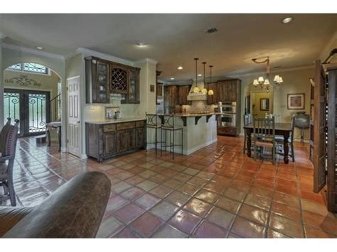 Lovely updated kitchen near the living room for pleasant