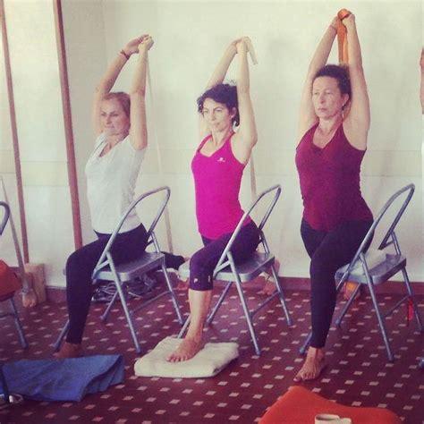 tutorial verticale yoga 1017 best yoga images on pinterest iyengar yoga yoga