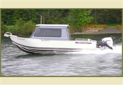 Sport Homme 3851 by Research 2014 Wooldridge Boats 21 Sport
