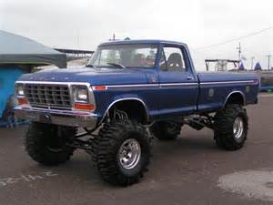 rigs vehicles and ford trucks on