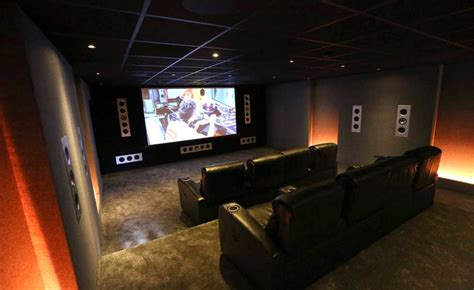 Living Room Sofa Designs by How To Create A Home Cinema Or Media Room Homebuilding
