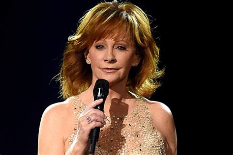 reba mcentire returns to hot country songs chart billboard reba mcentire says some songs on her album were hard to sing