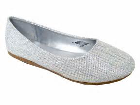 Home gt new arrivals gt new arrivals shoes gt silver glitter flat shoes