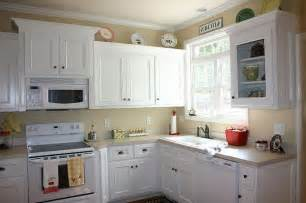 Painting Wood Kitchen Cabinets White by Kitchen Cabinets Painted In White Painted Kitchen