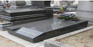 Modeles De Tombes Funeraires