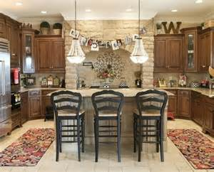 Decorating Above Kitchen Cabinets Decorating Above Kitchen Cabinets Tuscan Style For The