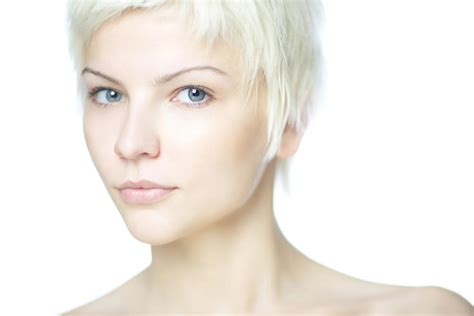 hairstyle for thin on top best hairstyles for thin hair pixie hairstyle stars