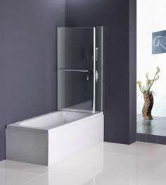 Badezimmer Einrichten Ideen 2790 kleines bad wei 223 e fliesen fenster badewanne dusche