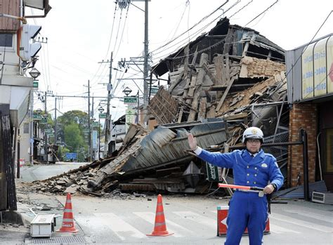 earthquake japan landslide climbing death toll the aftermath of japan s