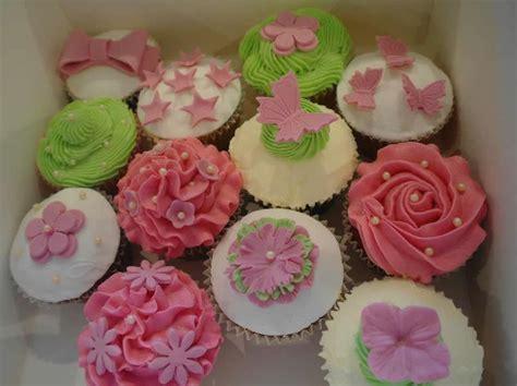 flower design cupcakes cupcakes gallery treats by linda