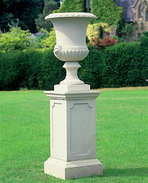 Outdoor Vases by 17 Best Images About Garden Vases And Planters On