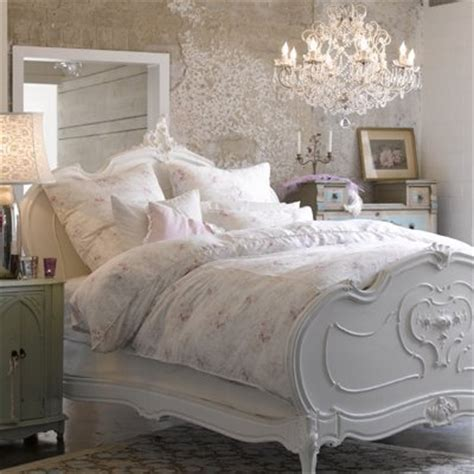 beautiful beds make your bed a beautiful little adventure