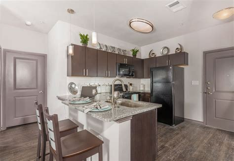 cherry street apartments  northgate college station tx apartment finder