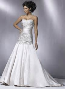 Silver wedding dresses 2 220x300 silver wedding dresses