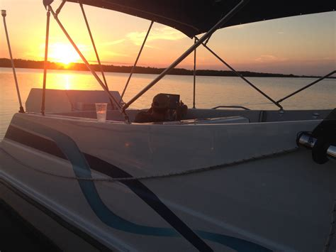 boat windshield miami leisure cat windshield replacment page 2 the hull