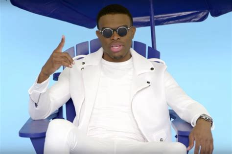 omi new song omi premieres video for new song quot drop in the ocean