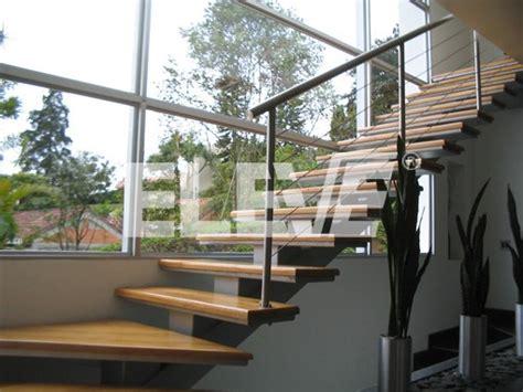 barandilla queretaro escalera interior de dise 241 o transparente frente a ventanal