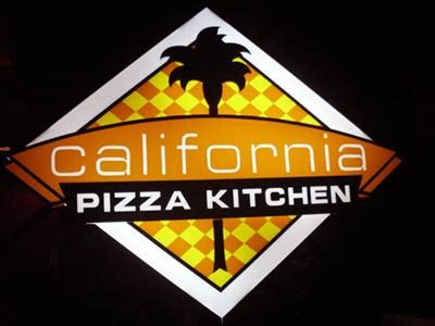join the happy hour at california pizza kitchen town