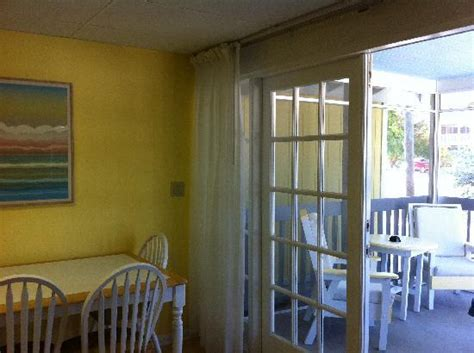 able to eat in or out on screened in patio picture of