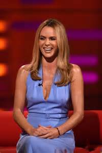 Amanda Holden Wardrobe by Britain S Got Talent Amanda Holden Flashes And Shows Of Simon Cowell S