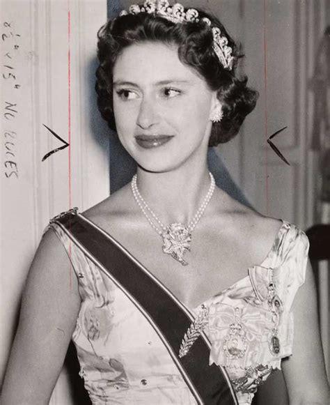 pictures of princess margaret princess margaret countess of snowdon wearing the tiara