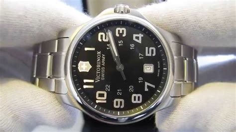 Swiss Army Day Date Aktif обзор мужских наручных часов victorinox swiss army classic officers 241358