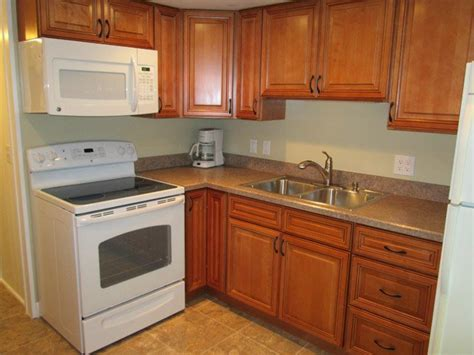 new yorker kitchen cabinets new yorker kitchen bathroom cabinet gallery