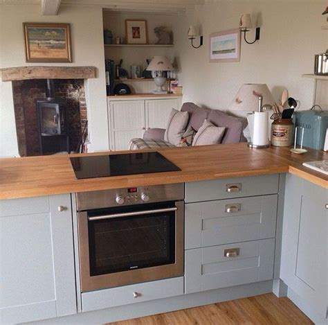 duck egg blue kitchen cabinets what colours go with duck egg blue home style