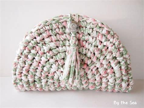 t shirt yarn clutch pattern t shirt yarn crochet clutch bag tea rose by bytheseajewel