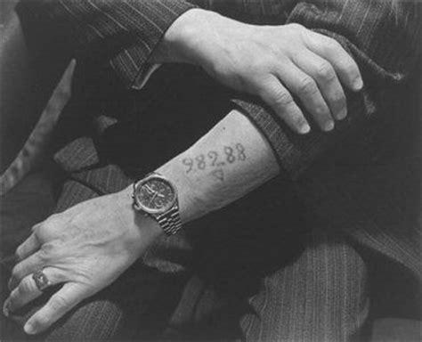 holocaust tattoo numbers list holocaust tattoo pws tatoeages pinterest