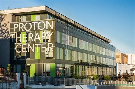 Proton Therapy Center by Proton Therapy Center Proton Terapia