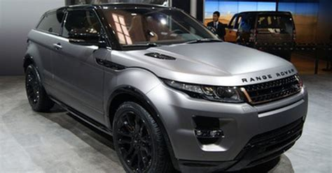 the range rover evoque beckham special edition featuring matt grey paint and gold
