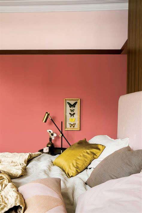 coral walls ideas  pinterest coral bedroom