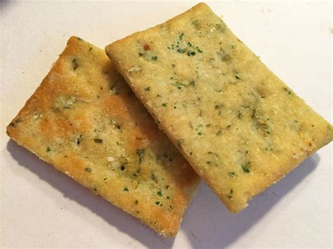 town house crackers micro review new keebler town house tuscan cheese focaccia crackers junk food guy