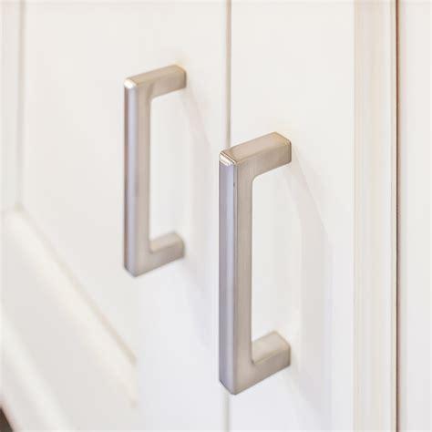 top knobs cabinet pulls top knobs decorative hardware tk674bsn handles