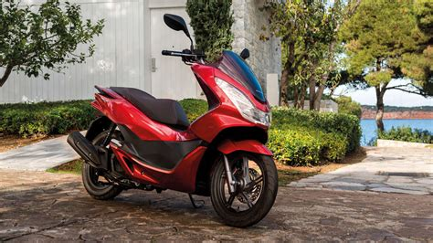 Pcx 2018 Vermelha by Pr 233 Sentation Pcx 2015 Scooter Gamme Motos Honda